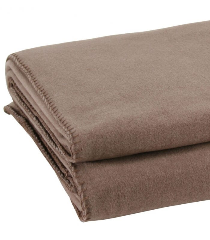 plaid marron glac 180 x 220 cm plaid addict vente en ligne de plaids polaire luxe. Black Bedroom Furniture Sets. Home Design Ideas