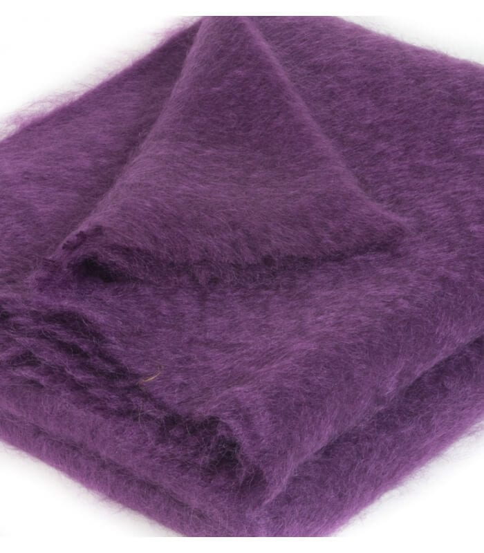 plaid mohair violet luxe 140 x 180 cm plaid addict vente en ligne de plaids b at home. Black Bedroom Furniture Sets. Home Design Ideas