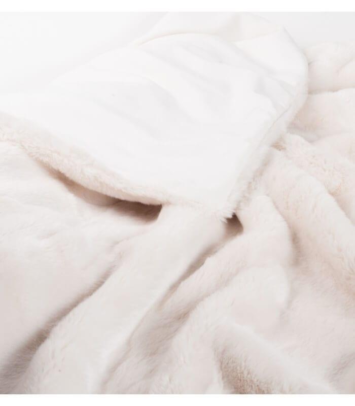 couvre lit fausse fourrure luxe blanc cass 240 x 260 cm. Black Bedroom Furniture Sets. Home Design Ideas
