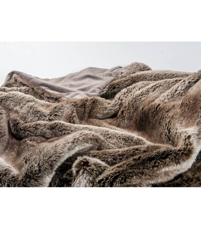 couvre lit fausse fourrure luxe ours brun 240 x 260 cm. Black Bedroom Furniture Sets. Home Design Ideas