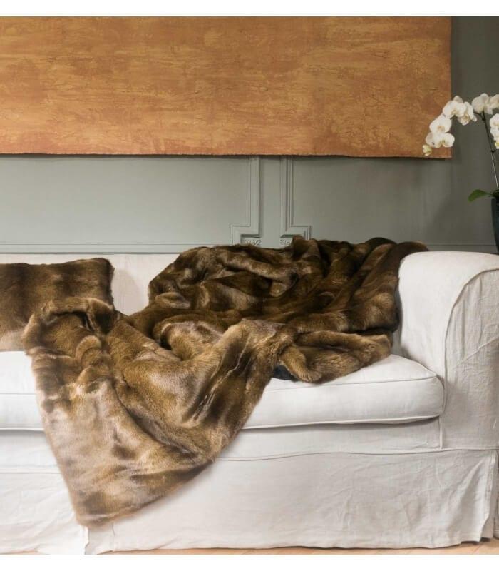couvre lit fausse fourrure luxe vison 250 x 250 cm plaid. Black Bedroom Furniture Sets. Home Design Ideas
