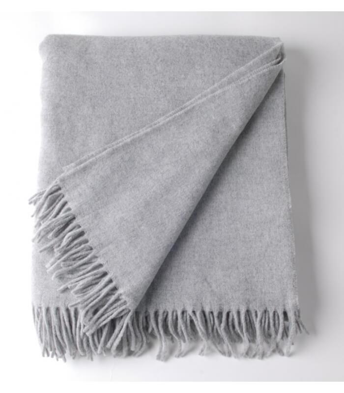 plaid laine gris clair must have plaid addict vente en ligne de plaids zoeppritz. Black Bedroom Furniture Sets. Home Design Ideas