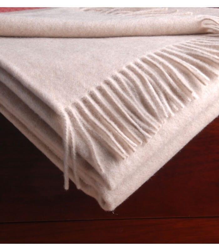 plaid cachemire himalaya beige plaid addict vente en ligne de plaids lanerossi. Black Bedroom Furniture Sets. Home Design Ideas