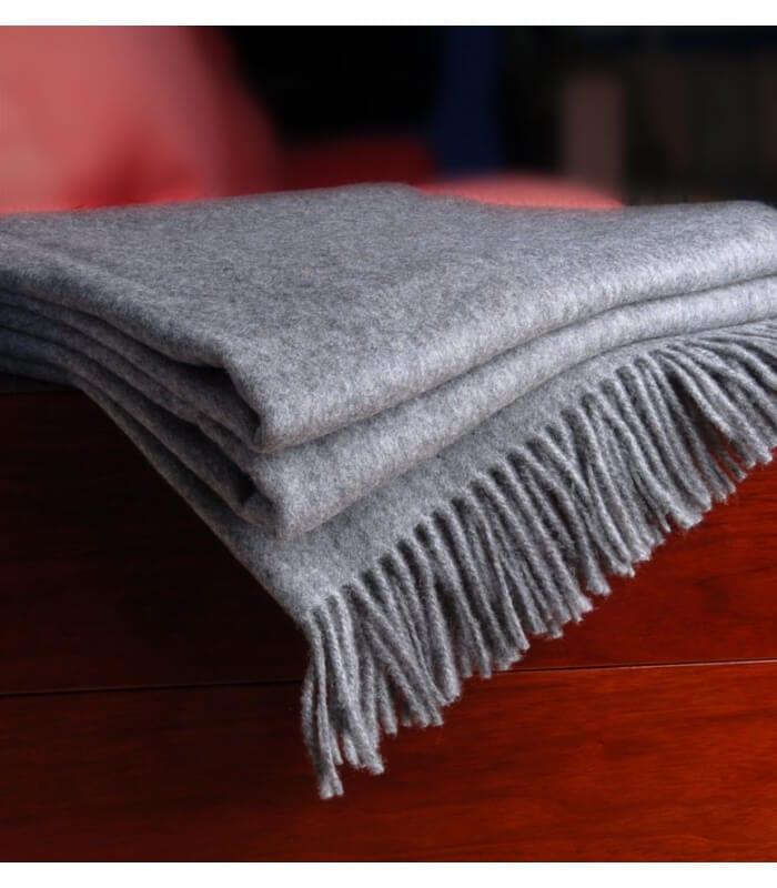 plaid cachemire himalaya gris plaid addict vente en ligne de plaids lanerossi. Black Bedroom Furniture Sets. Home Design Ideas