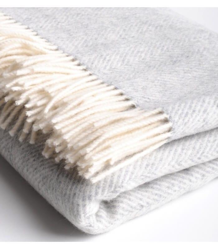 Plaid m rinos chevrons gris plaid addict vente en ligne - Plaid en laine tricotee ...