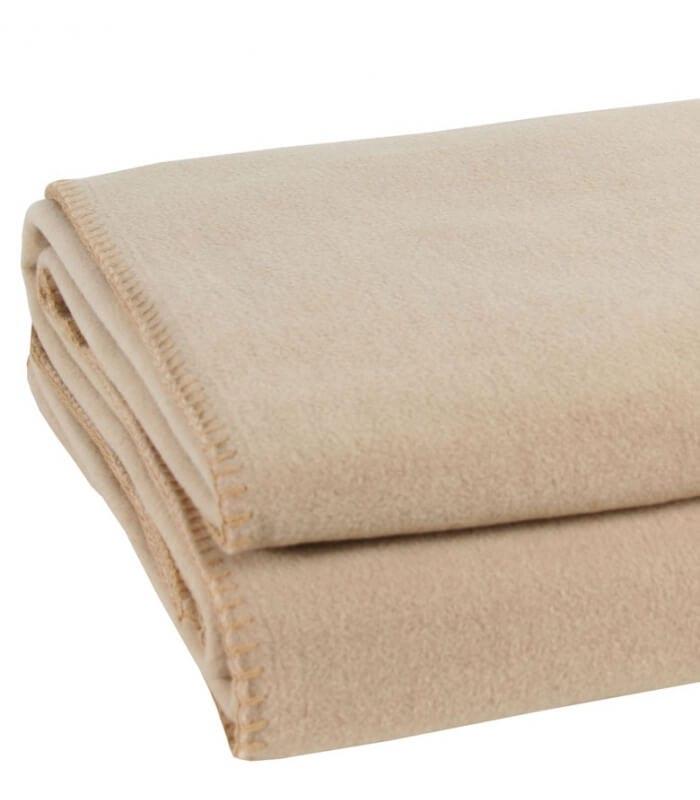 plaid polaire luxe beige 160 x 200 cm plaid addict vente en ligne de 50 100. Black Bedroom Furniture Sets. Home Design Ideas
