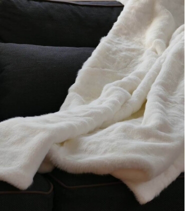 Plaid Fausse Fourrure Blanc cassé 150 X 170 cm