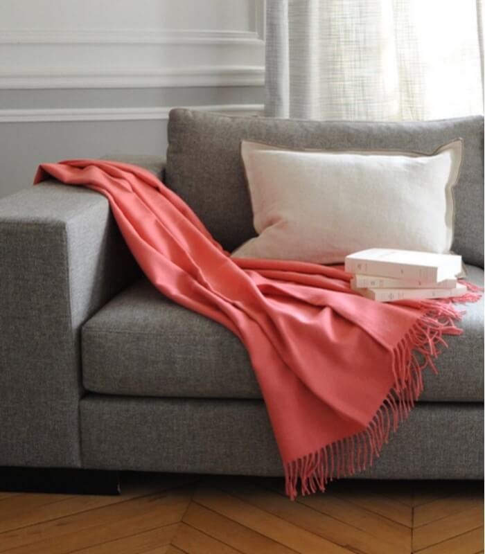 plaid laine alpaga luxe paola corail plaid addict vente en ligne de plaids casa paola. Black Bedroom Furniture Sets. Home Design Ideas