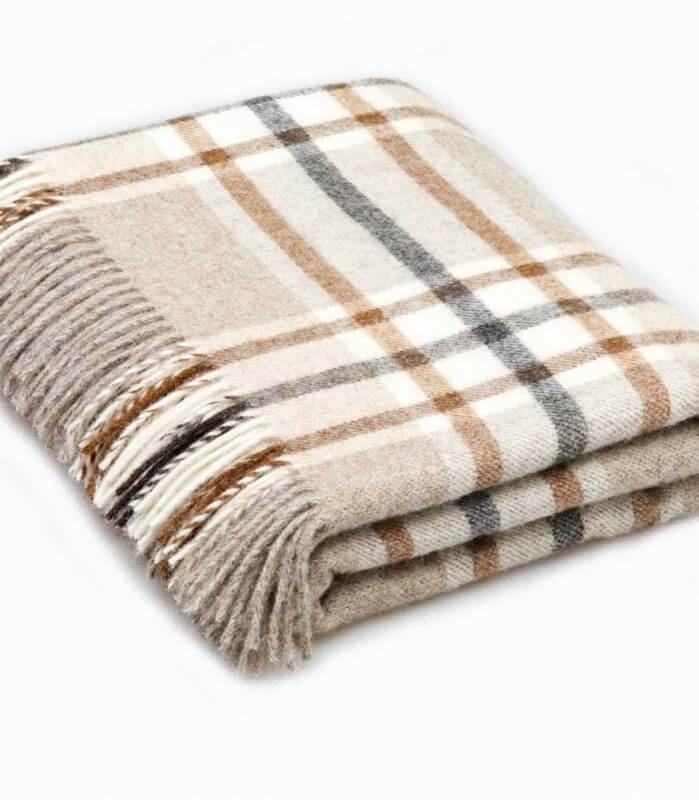 plaid pure laine cossais gris et beige arncliffe plaid addict vente en ligne de plaids pure. Black Bedroom Furniture Sets. Home Design Ideas