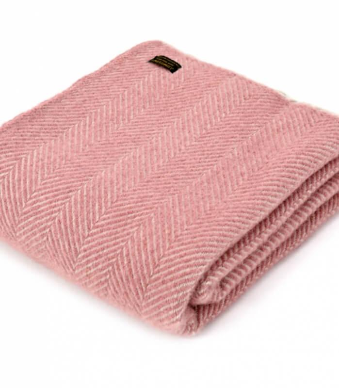 Plaid 100% laine chevrons rose pâle et perle   Plaid Addict, vente ... e82a8f76777