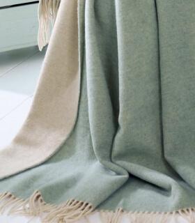 Plaid Cachemire Reversible Vert Celadon et Crème - Collection VENICE