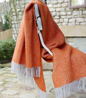 Plaid Laine Chevrons Orange et Gris 150 X 183 cm