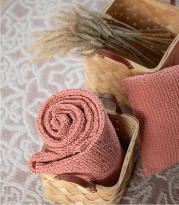 Jeté de canapé/ Couvre-lit 100% coton MAIA Rose