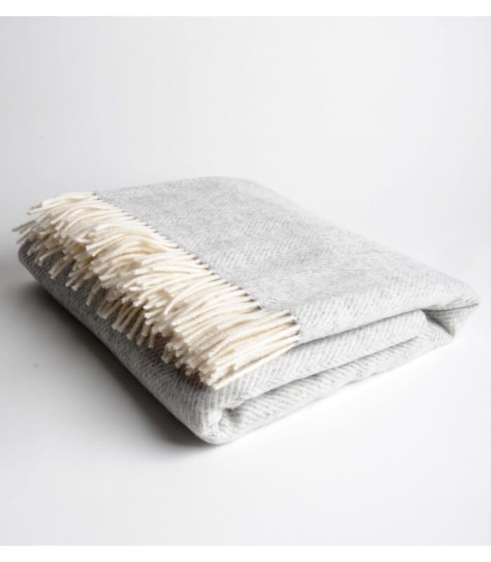 plaid m rinos chevrons gris plaid addict vente en ligne. Black Bedroom Furniture Sets. Home Design Ideas