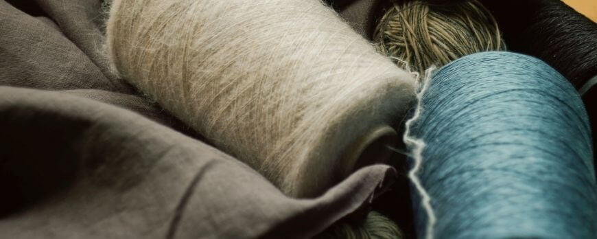 Processus de fabrication d'un plaid en laine